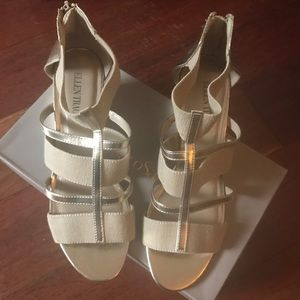 Ellen Tracy wedge sandals elastic and leather 9